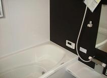 お風呂も広々1坪タイプ